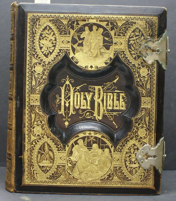 HOLY BIBLE: CONTAINING THE OLD AND NEW TESTAMENTS, TRANSLATED OUT OF THE ORIGINAL TONGUES, WITH A COMPLETE CONCORDANCE, EMBRACING EVERY PASSAGE OF SC
