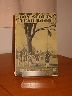 BOY SCOUTS YEAR BOOK 1935 and 26th Annual Report 1933-1934: Anonymous