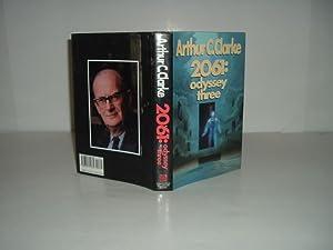 2061: ODYSSEY THREE By ARTHUR C. CLARKE 1988 First Edition: ARTHUR C. CLARKE