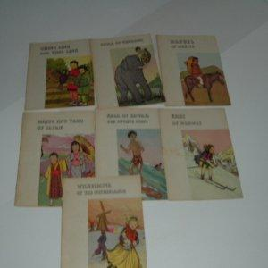 CHILDREN OF MANY LANDS 7 VOLS. By THE PLATT & MUNK CO.