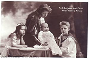 Unsigned postcard photo (1900-1961, Princess of Rumania: MARIE