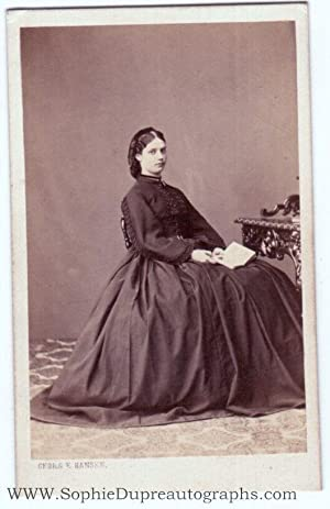 Charming carte de visite photo by George Hansen signed on the verso