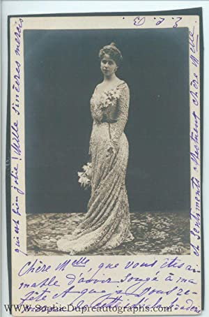 Fine unsigned postcard photo (1875-1938, Princess of: MARIE