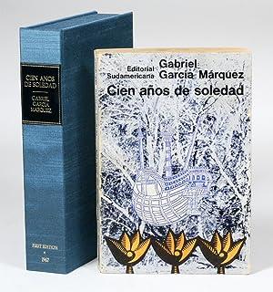 Cien años de soledad [One Hundred Years: GARCIA MARQUEZ, GABRIEL