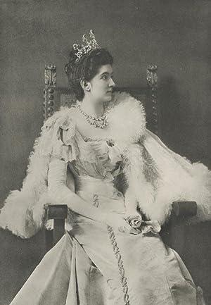 Portrait of S. M. Elena Petrovic. Regine d'Italia.: ELENA PETROVIC.
