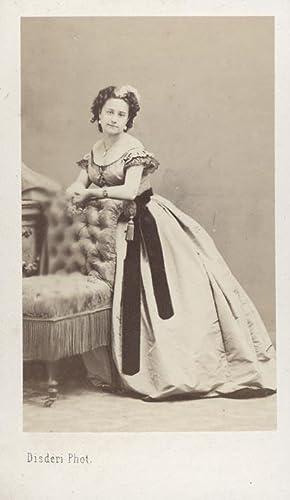 Portrait of a young woman.: DISDÉRI.