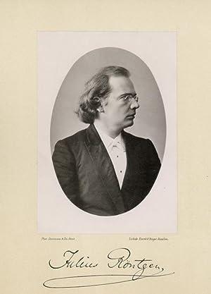 Portrait of Julius Engelbert Röntgen, photographed by: DEUTMANN & Zn.