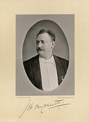 Portrait of Johannes Martinus Messchaert, photographed by: DEUTMANN & Zn.