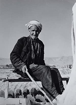Portrait of an older man, farmer, Palestine.: ETTEN, Chr. van.