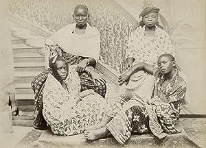 Group of young Swahili girls of Zanzibar.: ZANZIBAR.