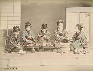 Eating.: KIMBEI, Kusakabe.
