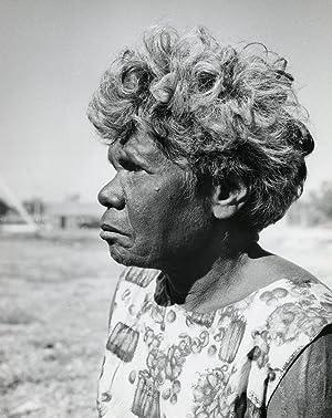 Aboriginal woman, portrait, Darwin, Arnhemland, Aboriginal Reserve.: ETTEN, Chr. van.