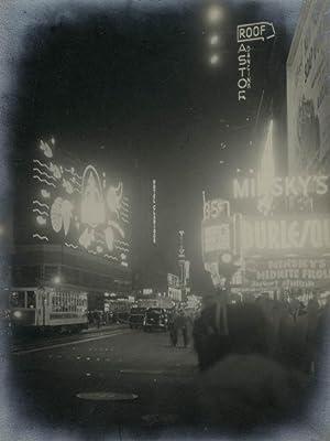 Broadway at Night.: NEW YORK.