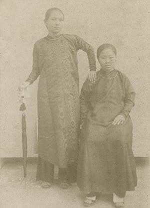 Portrait of two woman, Hanoi.: MOREAU, R.