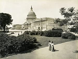 Capitol Hiil, from right angel.: WASHINGTON.