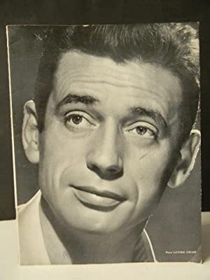 RECITAL YVES MONTAND