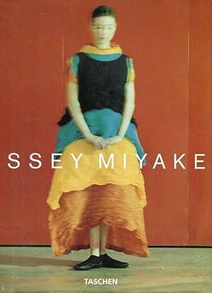 Issey Miyake.: Holborn, Mark