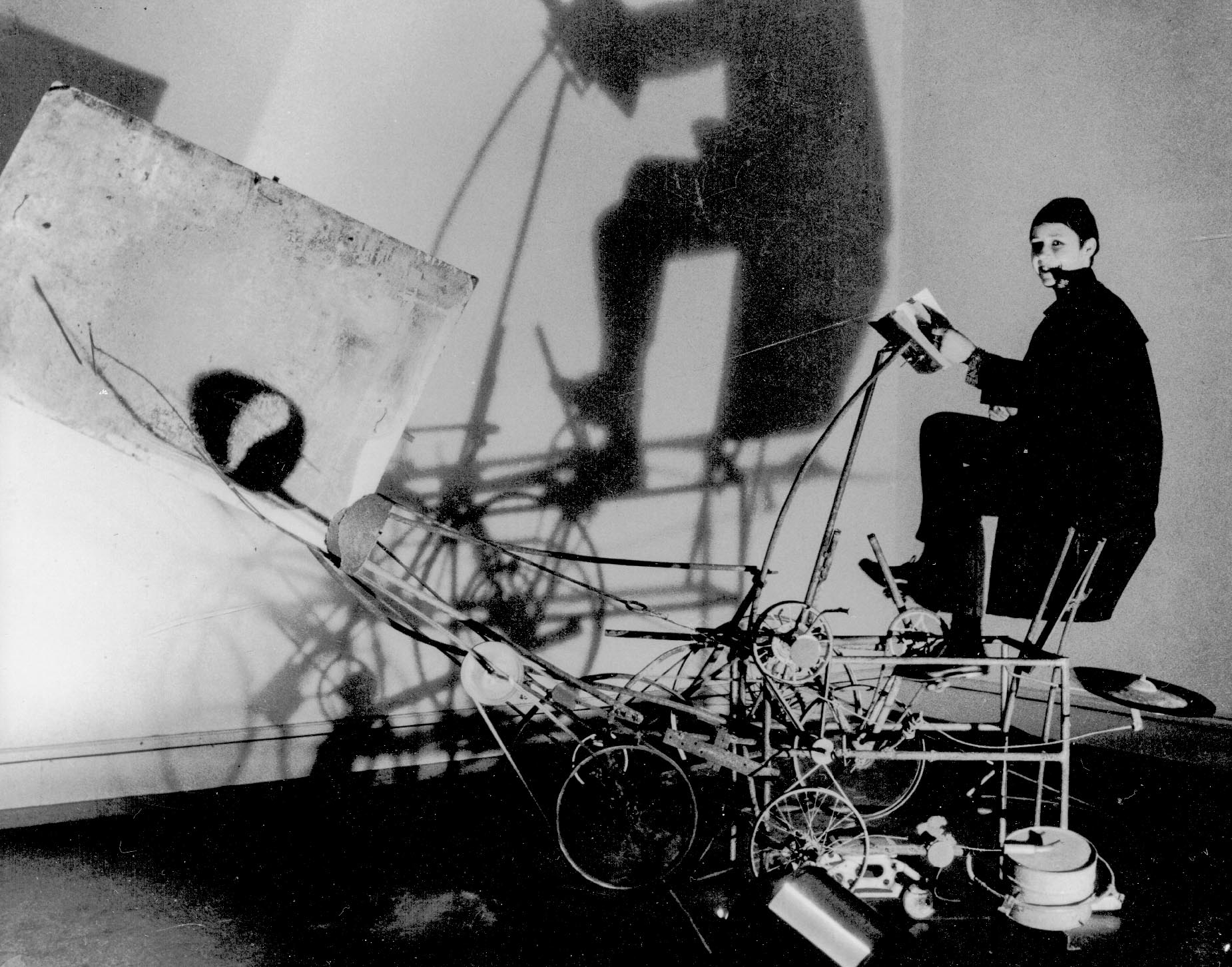 "Jean Tinguelys ""Cyclograveur"" 1960. Original Fotografie. Silbergelatine-Abzug: Bezzola, Leonardo:"