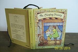The Sleeping Beauty - A Merry Go: Avery, Karen (Illustrator)