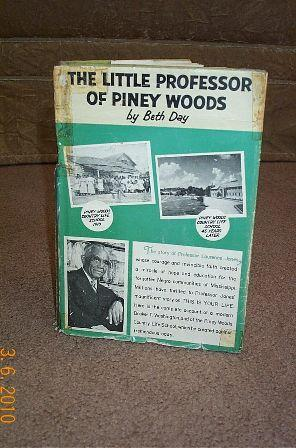 Little Professor of Piney Woods: Day, Beth