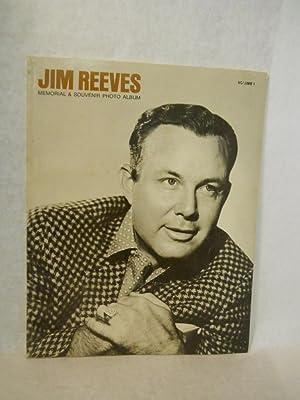 Jim Reeves Memorial & Souvenir Photo Album. Volume 1: Reeves, Mary, compiler