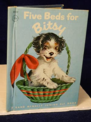 Five Beds for Bitsy: a puppy grows up: Munn, Ian.