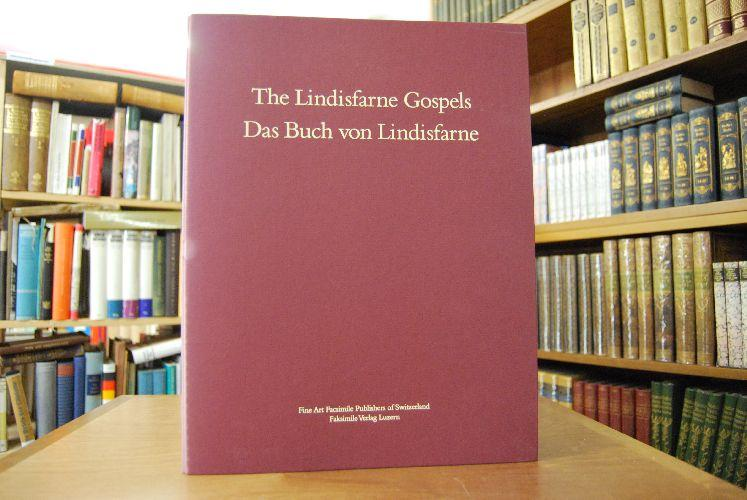 The Lindisfarne Gospels. Das Buch von Lindisfarne.