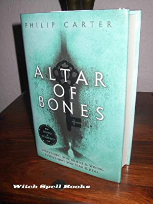 Altar of Bones : ++++FOR THE DISCERNING COLLECTOR, A BEAUTIFUL UK SIGNED AND NUMBERED, FIRST EDIT...