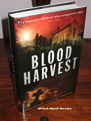 Blood Harvest : +++++FOR THE DISCERNING COLLECTOR, A BEAUTIFUL UK SIGNED,DATED AND WITH A WRITTEN...