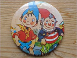 NODDY: LARGE BADGE NODDY AND BIG EARS PADDLING IN THE SEA