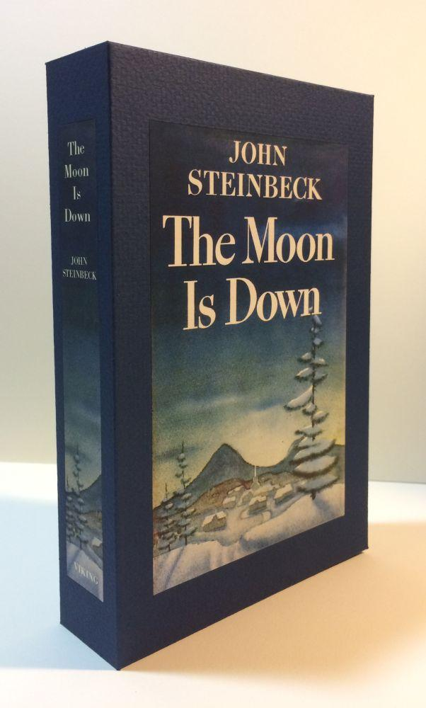 THE_MOON_IS_DOWN_Custom_Display_Case_Steinbeck,_Jonh_[New]_[Hardcover]