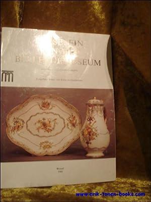 PORSELEIN VAN HET BELLEVUEMUSEUM.: MARIEN - DUGARDIN, Anne-Marie en VAN DER ELST, Els (vertal.).