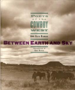 Between Earth and Sky : Poets of: Widmark, Anne Heath