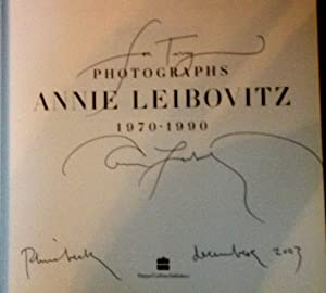 Annie Leibovitz Photographs 1970-1990 (SIGNED and DATED): Leibovitz, Annie