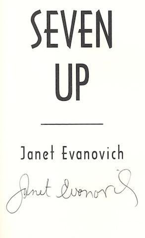 Seven Up (Stephanie Plum, No. 7) [Hardcover] by Evanovich, Janet: Janet Evanovich