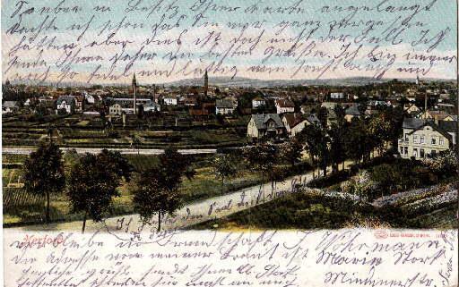 Gesamtansicht. Ansichtskarte in farbigem Lichtdruck. Abgestempelt Bahnpost: Herford -