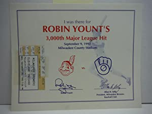 I was there for ROBIN YOUNT'S 3,000th Major League Hit September 9, 1992 Milwaukee County Stadium...