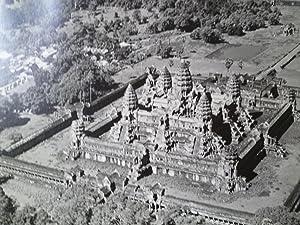 Regards sur l'Indochine: Angkor: ANGKOR] [ALBUM PHOTOGRAPHIQUE]