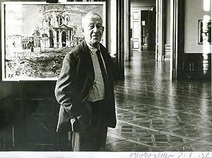 Gedr. Portraitphotographie mit eigenh. U.: Kokoschka, Oskar, Maler,