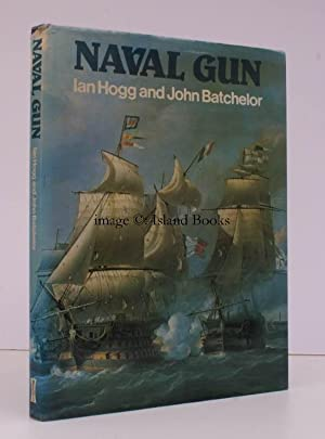 Naval Gun.: Ian HOGG and John BATCHELOR.