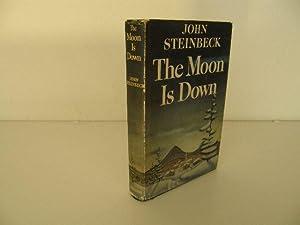 The Moon is Down: Steinbeck , John
