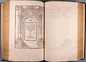 Mikraot gedolot: Neviim u-Ketuvim [Second Biblia Rabbinica or First Jewish Rabbinic Bible], Vol. 2:...