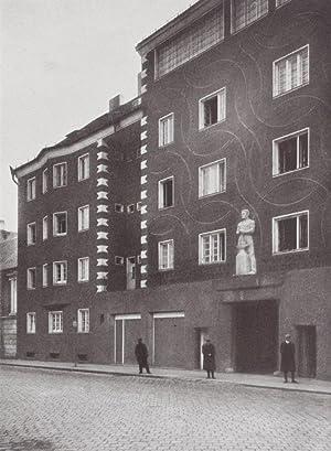 Die Wohnhausanlage der Gemeinde Wien im XIII. Bezirk. Phillipgasse, Penzingerstrasse: n/a