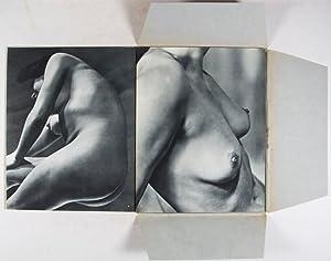 Femmes [Collection d'Etudes Photographiques du Corps Humain,: Stone, Sasha (Photographs