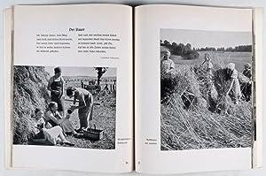 Wir erleben das Landjahr: Höfft, Walter (text); Heinrich Hoffmann; Ahrens; Niedzielski (Photographs...