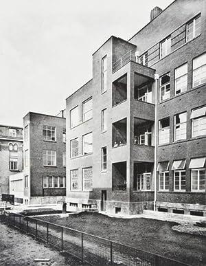 Encyclopédie de l'Architecture : Ecoles et Etablissements d'Enseignements. Première Série: ...