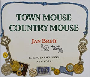 Town Mouse Country Mouse [SIGNED BY AUTHOR]: Brett, Jan