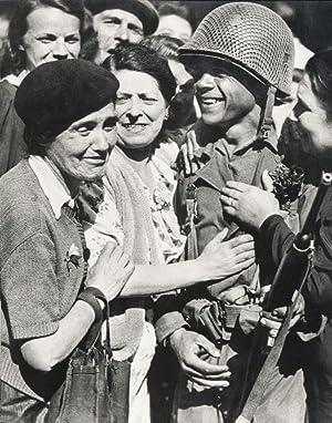 A Paris Sous la Botte des Nazis (1944); La Victoire des Français en Italie (1946); Un An (...