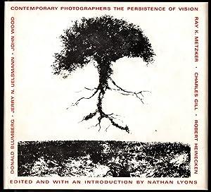 Contemporary Photographers: The Persistence of Vision: Lyons, Nathan (Editor) Donald Blumberg, ...