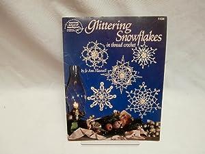 Glittering snowflakes: In thread crochet (American School: Jo Ann Maxwell